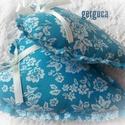 Romantikus rózsás szívek párban kék, Dekoráció, Pamutvászon szívek,illatpárnák.Flízzel és 6-7 db illatos rózsabimbóval töltve. Mérete: kb.17cm x 11c..., Meska