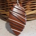 Csokoládé praliné - medál, barna, Ékszer, Medál, Barna színű  medál, saját ötlet alapján, kizárólag kézzel készült egyedi kézműves termékem. Hőre kem..., Meska
