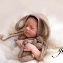 Nemez nyuszi szett fotózáshoz, Baba-mama-gyerek, Dekoráció, Képzőművészet, Vegyes technika, Nemezelő tűvel készült termék, újszülött babák fotózásához. A szett sapkát és nemez fi..., Meska