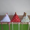 Vidám pipik, Dekoráció, Ünnepi dekoráció, Húsvéti apróságok, Varrás, Vidám pipik különböző színekben,Három darabot raktam egy csomagba.Pipikék 9 cm-re nőttek., Meska