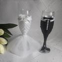 Esküvői pohár szett,gyöngyös, Esküvő, Esküvői dekoráció, Menyasszonyi ruha, Nászajándék, Egyedi,különleges pezsgős poharak a nagy napra. Szalagokkal,tüllel,gyöngyökkel menyasszonynak,vőlegé..., Meska