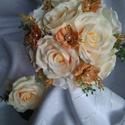 Menyasszonyi csokor barack, Esküvő, Esküvői csokor, Virágkötés, Menyasszonyi tartós csokor barack színű és fehér rózsákból.Kidolgozott csokortartóval.Vőlegény kitű..., Meska