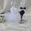 Esküvői pohár szett, csipkés, Esküvő, Esküvői dekoráció, Menyasszonyi ruha, Nászajándék, Varrás, Menyasszony, vőlegény pezsgős pohár. Egyedi, különleges poharakkal koccinthat az ifjú pár a nagy na..., Meska