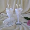 Díszített pezsgős pohár, fehér, Esküvő, Nászajándék, Pezsgős pohár nem csak  esküvőre. Igazán különleges ajándék lehet akár házassági évfordulóra, egyéb ..., Meska