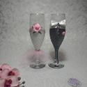 Esküvői pohár rózsaszín virágos, Esküvő, Menyasszonyi ruha, Nászajándék, Esküvői dekoráció, A menyasszony ruhája fehér szaténból és rózsaszín tüllből készült, rózsaszín rózsa és..., Meska