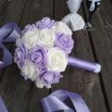 Menyasszonyi csokor, lila, Esküvő, Esküvői csokor, Virágkötés, Fehér és lila habrózsákból kötöttem a csokrot, Gyöngyfüzérrel díszítettem. Fogórészét lila selyemsz..., Meska