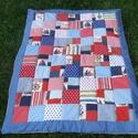 Tengerészes patchwork takaró, Baba-mama-gyerek, Gyerekszoba, Falvédő, takaró, Vidám ,kék-piros-fehér színek felhasználásával készült takaró.3 rétegű,vatelinnel bélelt. Mérete:95x..., Meska