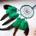 Zöld-fekete álomfogó, Dekoráció, Dísz, Mindenmás, Álomfogót készítettem zöld és fekete színben. Szélessége 12 cm, hossza 42 cm akasztóval és tollakka..., Meska
