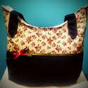 Gigush Design rózsás táska, Táska, Válltáska, oldaltáska, Varrás, Egyedi kézműves pakolós táska. Belül 1 db húzózáras zsebbel van ellátva. magassága: 20 cm   hosszús..., Meska