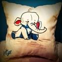 Gigush Design elefántos díszpárna, Otthon, lakberendezés, Dekoráció, Lakástextil, Párna, A puha párnácskára textilfestékkel készítettem a cuki  kis elefántot. Bármilyen gyerekszoba tökélete..., Meska