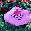 Buli táska LOVE (Táska, övtáska, neszesszer egyben) , Táska, Szerelmeseknek, Válltáska, oldaltáska, Neszesszer,  Szeretnél kitűnni a tömegből? Vagy csak unod már, hogy a táskád miatt nem tudsz kényelmesen, önfele..., Meska