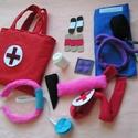 Orvosi táska - 12 részes Elsősegély szett, Játék, Társasjáték, 12 részes eü. szett kislányoknak,kisfiúknak Viszonyításképp néhány méret; Kalapács hossza 18 cm Sebt..., Meska