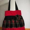 Egyedi romantic/shabby táska, Táska, Válltáska, oldaltáska, Egyedi női táska romantikus stílusban Magassága 40 cm,szélessége 34-50 cm Pántok hossza 68 cm,bősége..., Meska