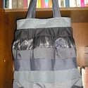 A szürke ötven árnyalata, Táska, Válltáska, oldaltáska, Egyedi női táska nyolc különböző árnyalatú szürke anyagból Magassága 44 cm,szélessége 34-58 cm Pánto..., Meska