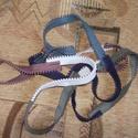 Cipzár nyaklánc, Ékszer, Nyaklánc, Öt különböző színű cipzárból készült lánc Hossza körbe 220 cm (4x lehet a nyakra tekern..., Meska