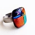 Swalla  - Üveggyűrű, Ékszer, óra, Gyűrű, Szép piros gyűrű.  Az üveg mérete: 2.0x1.8cm, a gyűrűalap nemesacélból készült, 1.66cm az..., Meska