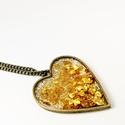 Szív medál arany szívecskékkel bronz láncon, Ékszer, Medál, Nyaklánc, Ékszerkészítés, Szív alakú bronz keretes medál arany szívecske konfettivel, arany csillámmal bronz láncon.  Medál m..., Meska