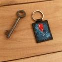 Piros lufi / Piros léggömb / Horror film  - valódi bőr kulcstartó, Képzőművészet, Vegyes technika, Valódi bőrből készítettem ezt a kulcstartót. Kézzel bőr festékkel festettem.  Tökéletes v..., Meska