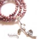 Igazgyöngy nyaklánc virágos ág medállal, Gyönyörű, mályva színű tenyésztett igazgyö...