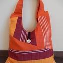 Pamutvászon táska, Táska, Válltáska, oldaltáska, Varrás, Pamutvászonból készült vállon viselhető táska. A teljes magassága füllel együtt 60cm és a legszéles..., Meska