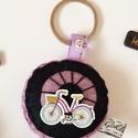 Biciklis kulcstartó, Mindenmás, Kulcstartó, Vagány biciklis kulcstartó kérhető  különböző színekben, biciklis gombbal, vagy ezüst illetve bronz ..., Meska