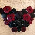 Bordó elegancia gombnyaklánc, Ékszer, Nyaklánc, Különböző méretű bordó és fekete műanyag gombok felhasználásával alkottam meg az itt lá..., Meska