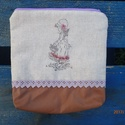 Lány kosárral, Táska, Neszesszer, Nyersvászonra vintage képet transzferáltam.Textilbőrrel kombináltam és a 2 anyagot csipkével ..., Meska