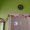 Csibefutam., Húsvéti díszek, Varrás, Különböző mintázatú pamutvászonból textilekből vatelin béleléssel készült csibegirland., Meska