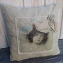 Vintage párna., Otthon & lakás, Lakberendezés, Varrás, Vintage jellegű párnát készítettem vászonból. Pamutcsipkével  díszítettem az angyalkás transzfert.3..., Meska