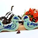 Kék madár párban, Képzőművészet, Otthon, lakberendezés, Szobor, Kerámia, Kerámia, Fehér agyagból készült kék és türkiz ellátott kerámia fali dísz. 1.050 fokon égetve.  Méretei 10 x ..., Meska