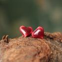 szív formájú fülbevaló, Ékszer, Fülbevaló, Szív formájú kerámia fülbevaló, bordó mázzal készítve, Meska