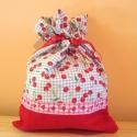 Cseresznyés-uzsonnás, A táska mellett készült még uzsonnás zacskó ...
