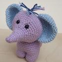 Lila elefánt, Baba-mama-gyerek, Játék, Baba-mama kellék, Játékfigura, Horgolás, Horgolással készítettem ezt a pici elefántot.  Nagyon egyedül érzi magát, keresi hűséges barátját :..., Meska