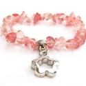 Cseresznyekvarc ásványkarkötő, Ékszer, óra, Karkötő, Szabálytalan formájú, áttetsző rózsaszín cseresznyekvarc (eperkvarc) ásványdarabokból készült karköt..., Meska