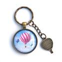 Hőlégballon  -  üveglencsés  kulcstartó , Hőlégballonos üveglencsés mintával készült ...