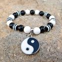 Jin és jang - fekete-fehér jáde-ónix karkötő, Ékszer, óra, Karkötő, A Jin-jang egy ősi kínai jelkép, a harmónia szimbóluma.  Az elmélet szerint az egymással szemben áll..., Meska