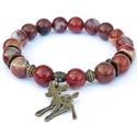 Bambi -  ásványkarkötő, Ékszer, óra, Karkötő, 10 mm-es vörös jáspis ásványokból készült karkötő, fém köztesekkel és egy őzike medállal.   A karköt..., Meska