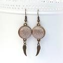 Arany angyalszárnyak - textilgombos fülbevaló, Ékszer, Fülbevaló, Aranyszínű, csillogó textillel bevont gombból készítettem fülbevalót, angyalszárny medálokkal.  Eleg..., Meska