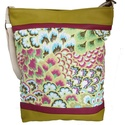 Lime virágos virágos táska, Táska, Válltáska, oldaltáska, Lime és pink  textilbőrt kombináltam ezzel a virágos textillel.  Mérete: 30x38x6 cm (a4 belefé..., Meska