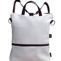 Fehér minimal hátizsák oldaltáska, Táska, Hátizsák, Válltáska, oldaltáska, Ha szereted a praktikus, nagy méretű, variálható táskákat, ez a te darabod. A táskát a pántok átcsat..., Meska