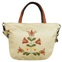Madárkás, tulipános táska (bézs), Táska, Válltáska, oldaltáska, Népi ihletésű, saját tervezésű minta került erre a táskára.  Tudod hordani vállon és oldaltáskaként ..., Meska