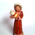 Csángó Mária, Dekoráció, Magyar motívumokkal, Otthon, lakberendezés, Dísz, Csángó népviseletes Mária szobor, kegytárgy.  Természetes alapanyagú, gyapjúból készített baba. Úgy ..., Meska