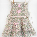 Zöld-rózsaszín 110-152  apróvirágos nyári ruha, Ruha, divat, cipő, Gyerekruha, Gyerek (4-10 év), Kamasz (10-14 év), Varrás, Hímzés, A zöld-rózsaszín apróvirágos nyári pamut ruhánk romantikus stílusa magával ragadó. A szaténszalagga..., Meska