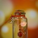 """Üvegcse emberkével, kezében rózsával + ajándék charm - """"Elegant Collection"""" (026), Otthon & lakás, Dekoráció, Dísz, Gyöngyfűzés, gyöngyhímzés, Egy kis palackba zárt kedvesség, báj, szeretet. Egyedi, különleges ajándék ez a kézzel készült cuki..., Meska"""