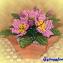 Primula csillagcserépben, Dekoráció, Otthon & lakás, Dísz, Lakberendezés, Gyöngyfűzés, gyöngyhímzés, Virágkötés, A virágot 10 cm átmérőjű csillag alakú cserépbe készítettem. A dísz 3 szál virágból, bimbókból és le..., Meska