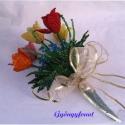 Tulipános tavaszi csokor gyöngyből,  asztali dísz, Dekoráció, Otthon, lakberendezés, Dísz, Csokor, A csokrot 5 szál tulipánból, 3 szál margarétából,2 szál kéknefelejcsből és több juharlev..., Meska