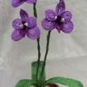Akciós lila orchidea !,    Gyöngyből és drótból készült lila orchid...