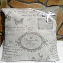 Vintage párna, Dekoráció, Otthon, lakberendezés, Dísz, Varrás, Vintage stílusú textil párna . Fehér csipkével és masnival díszített . 40 x 40 cm nagyságú. Vatelin..., Meska