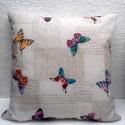 Pillangós párna, Vidám pillangók repkednek ezen a vászon párná...