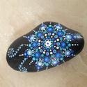 Mandala kézzel festett kő, Otthon, lakberendezés, Asztaldísz, Egyedi, kézzel festett mandala kő, kék színvilágban. Hófehér mészkő alapra készült, akril festék fel..., Meska